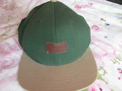 VANS OFF THE WALL GREEN / BEIGE CAP  ONE SIZE