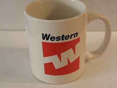 WESTERN AIRLINES COFFEE CUP MUG VINTAGE LOGO AIRLINE PILOT FA CHRISTMAS GIFT !