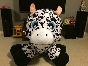 Huge Stuffed Cow - Smoke Free Home