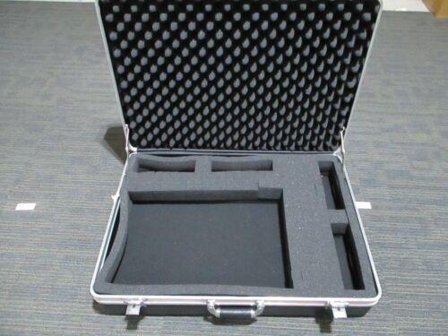 Vintage Platt Hard Shell Camera Case Large Carrying Padded Case NO KEY !!