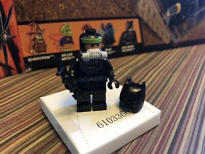 LEGO BATMAN 76054 Gas Mask Batman Minifigure- Rare Green Stripe Head NEW