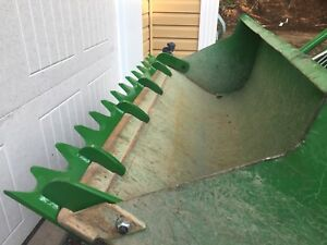 Tractor tooth blade and accessories