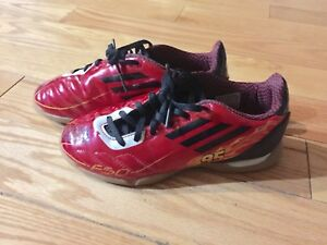 Adidas Indoor Soccer Shoes Size 2Y
