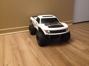 Slash 4x4 brushless