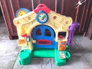 Maison avec porte Fisher price