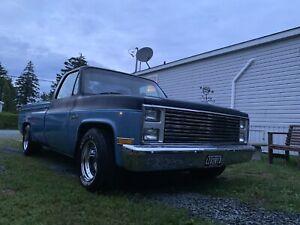 1986 GMC wrangler pickup truck