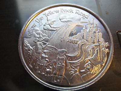 wizard of oz dorothy tinman lion toto yellow brick 1982 Mardi Gras Doubloon Coin