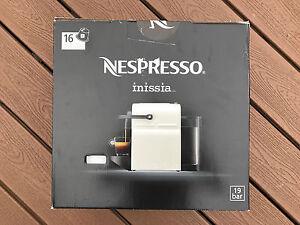 Nespresso Inissia Capsule Coffee Machine for Espresso Edmonton Edmonton Area image 1
