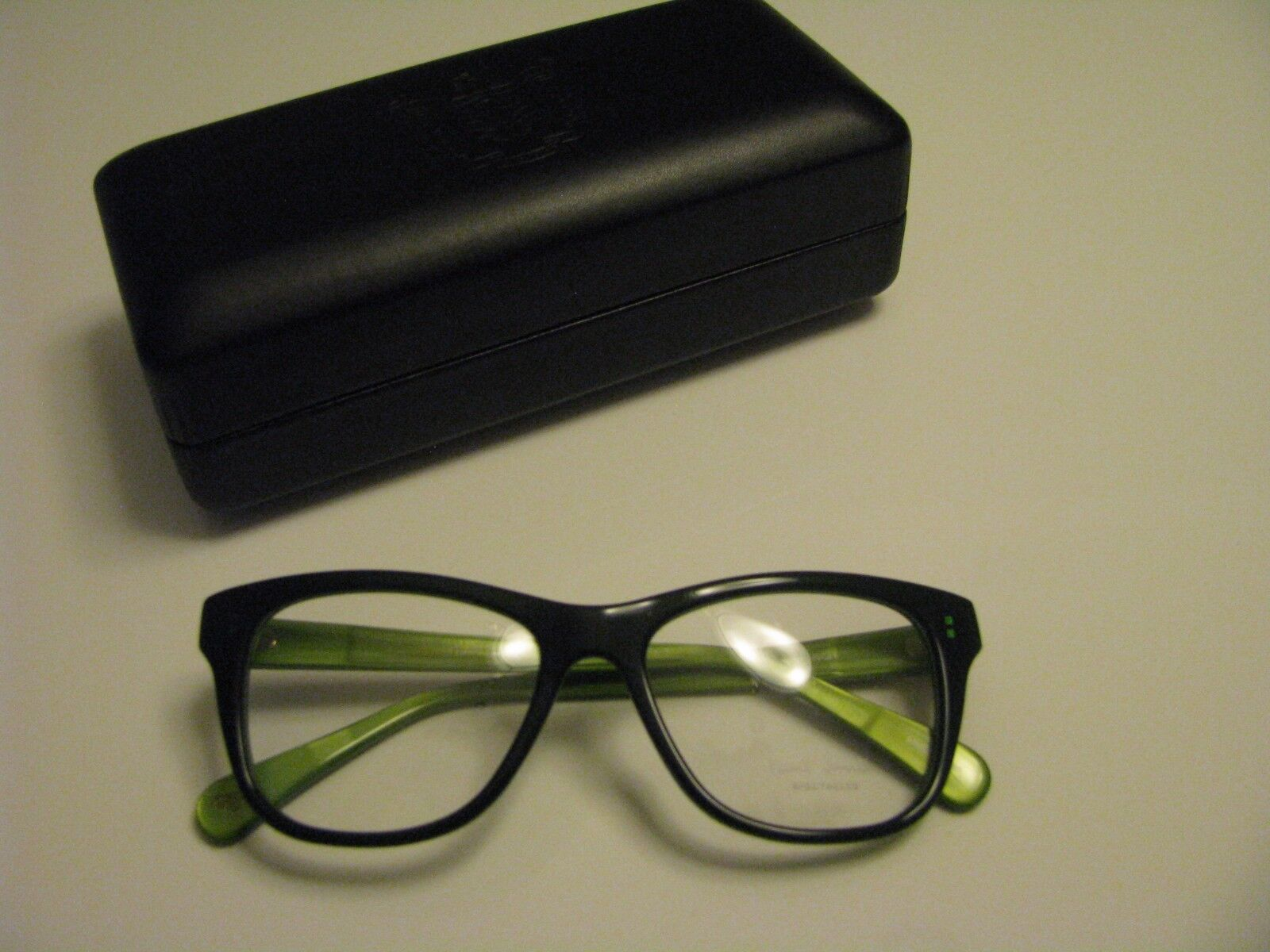 NEW AUTHENTIC Paul Smith PM 8220 1429  Kenley Eye Glasses