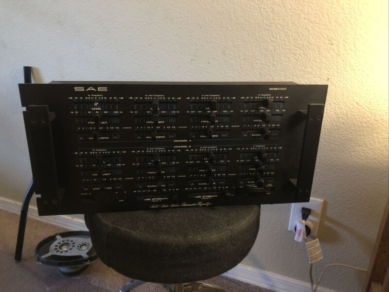 SAE 2800 Solid State Stereo Parametric Equalizer