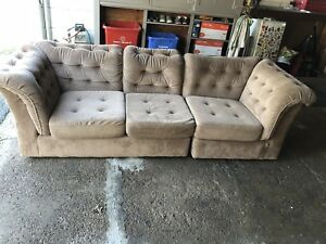 Great couch! Good condition. Smoke free home