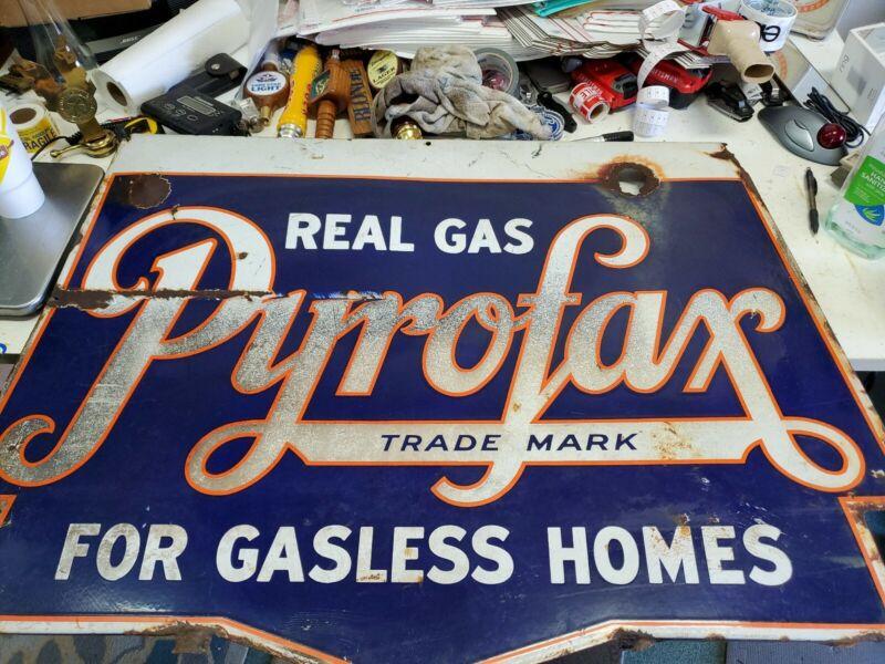 Rare Original Porcelain real gas pyrifax 42 in