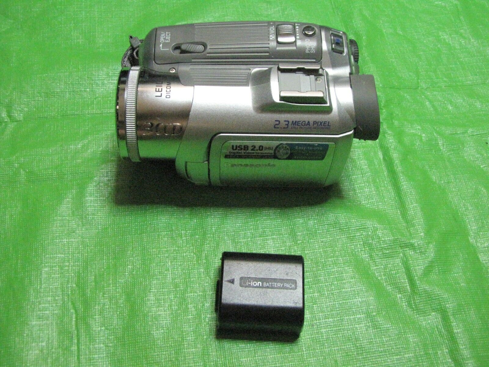 Panasonic PV-GS150 Mini DV Camcorder Record Transfer Watch Tapes - With Battery  - $74.50