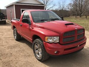 2004 Dodge Ram 1500 Sport Rumble Bee Cl