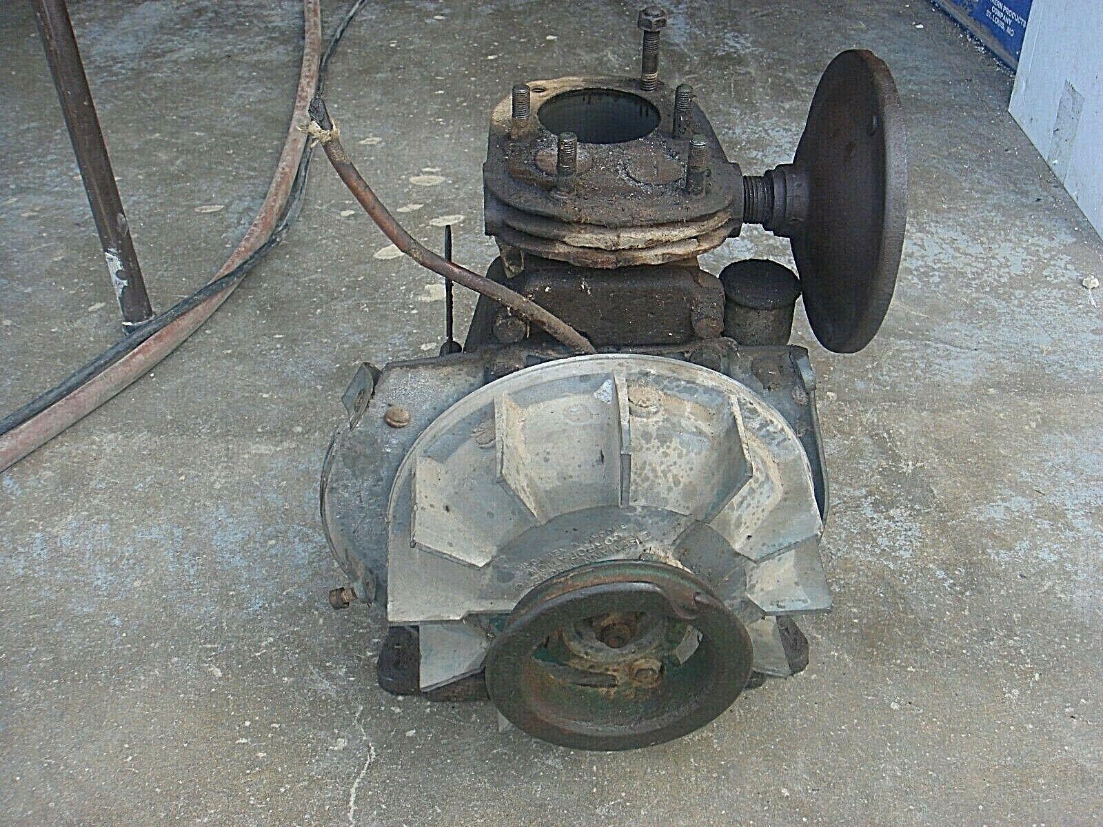 Vintage  Lauson TLC349 Crankshaft  & Block  Go Kart Cart Engine Parts Lot AR