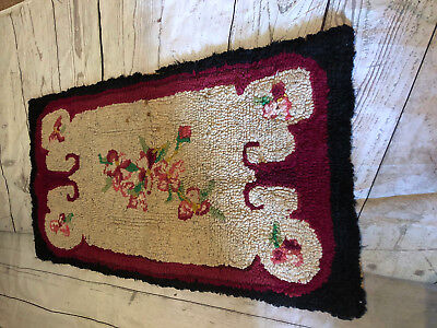 Hand designed hand hooked Gorgeous Red Black Floral Area Rug Rectangle ()