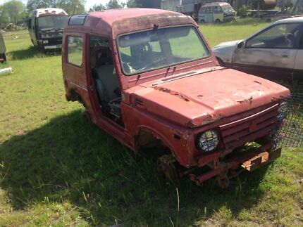 Holden drover/ suzuki sierra parts car