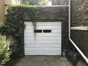 SINGLE CAR GARAGE AVAILABLE IN CENTRAL HAMILTON ON PROSPECT ST.