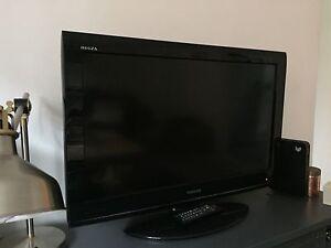 """Toshiba TV 32"""" AV700A model Rose Bay Eastern Suburbs Preview"""
