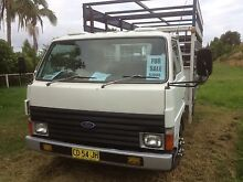 ford truck - removable livestock crate Macksville Nambucca Area Preview
