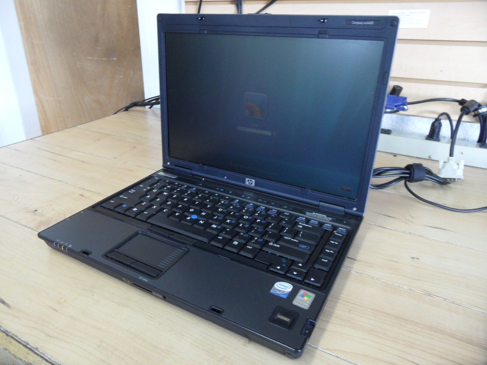 Compaq nc6400 Laptop 4 Parts Booted Windows 80GB Hard Drive Wiped