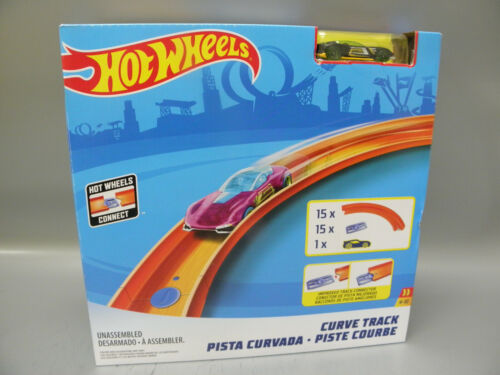 GENUINE HOT WHEELS GFV70 TRACK BUILDER CURVE TRACK WITH CAR NEW IN SEALED BOX