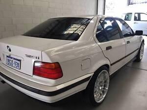 1997 BMW 323i 2.5L (6 Cylinder)