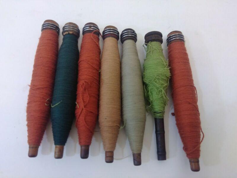 7 ANTIQUE VINTAGE WOOD LOOM SPOOLS SPINDLES BOBBINS YARN THREAD Primitive Sewing