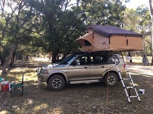 1999 Mitsubishi Challenger 4WD with Rooftop Tent