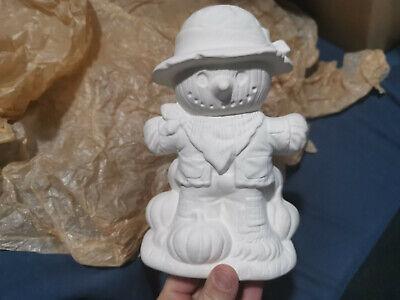 "Ceramic Bisque HALLOWEEN Scarecrow w/Pumpkins U-Paint 7.5"" by 5"""