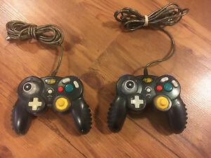 2 manette contrôle Nintendo game cube comme neuf