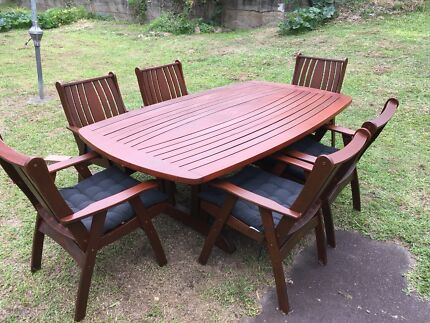 6 Seat Outdoor Set (FREE DELIVERY)