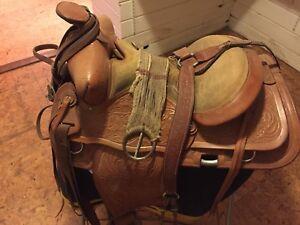 Beautiful F. Eamor Western Saddle