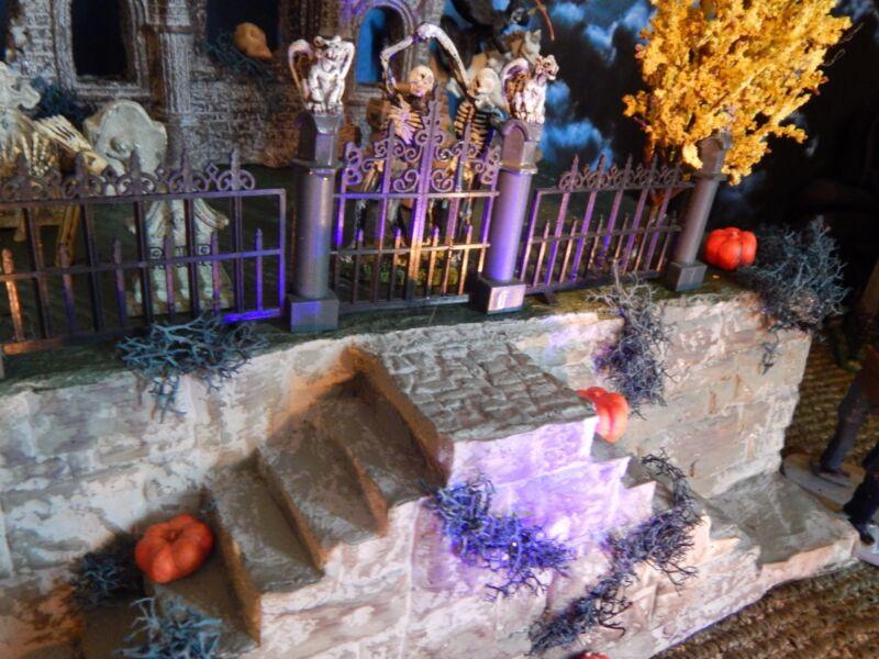 .HALLOWEEN Abandoned CHURCH Graveyard VILLAGE Display platform base for Dept 56