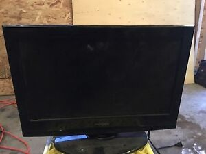 19inch insignia tv w/ DVD