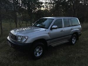 1999 TOYOTA LANDCRUISER WAGON GXL 100 Series AUTOMATIC Middle Ridge Toowoomba City Preview