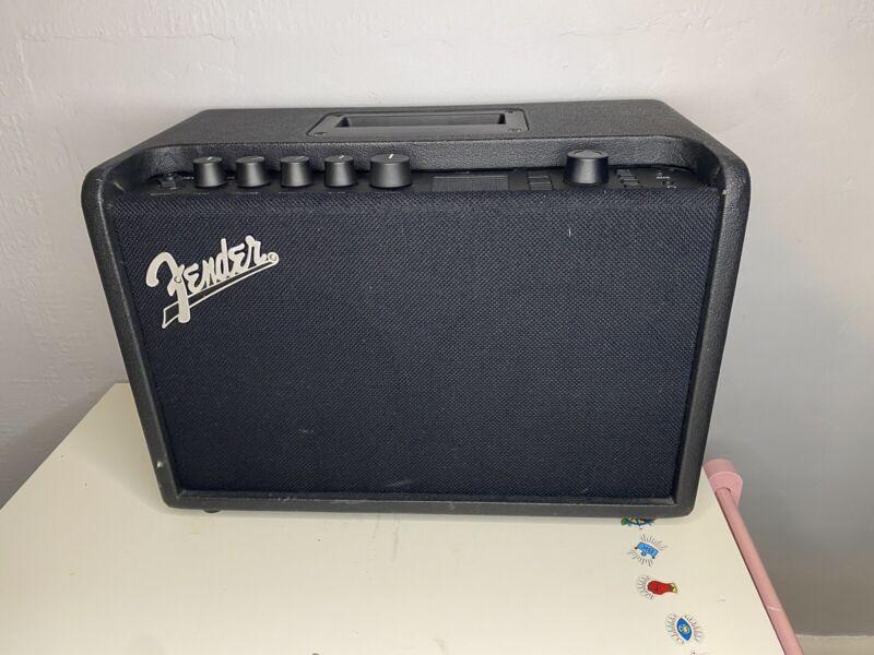 Fender Mustang GT40 Amplifier   black   118w