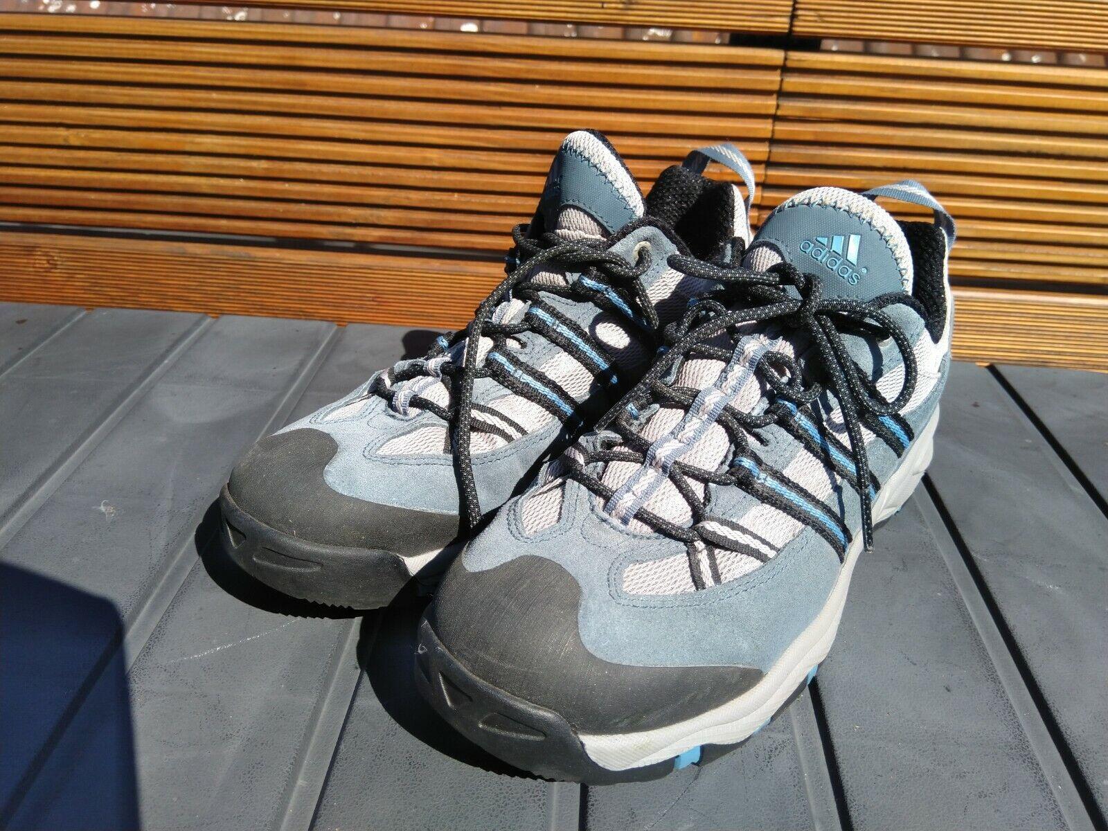 Adidas Damen WalkingSchuhe neuwertig Gr. 38