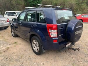 SUZUKI GRAND VITARA LOW KMS 4x4