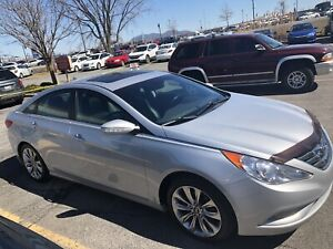 Hyundai Sonata 2011 2.0 Turbo, excellente condition