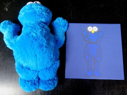 Uniqlo X Kaws Sesame Street Cookie Monster Plush with Gallery Art Canvas Set