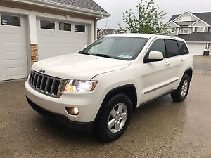 Jeep Grand Cherokee 4x4!! low Mileage!! Mint Condition