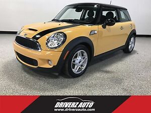 2008 Mini Cooper S S MODEL, 6 SPEED MANUAL, BLUETOOTH