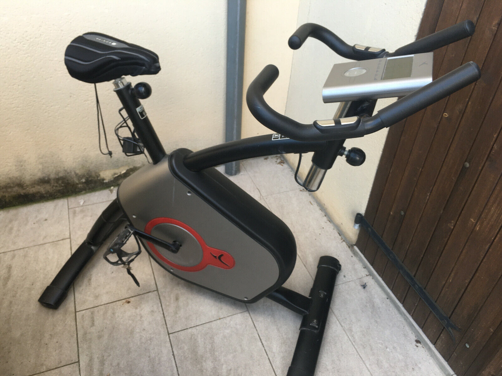 Vélo appartement domyos vm660, bon état, 6 programmes cardio training,