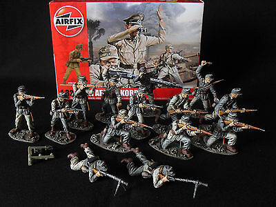 1/32 AIRFIX GERMAN AFRIKA KORPS WW2.PROFESSIONALLY PAINTED X 14 NEW AND BOXED