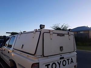 03 Hilux dual cab cannopy Baldivis Rockingham Area Preview