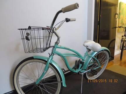 Mint Green Beach Cruiser Bicycle 3 Gears with Bike Lock & Basket Albert Park Port Phillip Preview