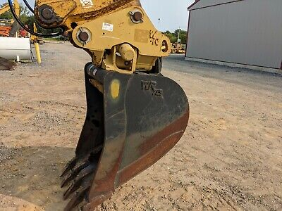 Cf Tilting Coupler With Bucket 60mm Pins Fits Cat Kubota Komatsu Kobelco