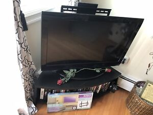 "36"" tv, tv stand and wall mount need gone ASAP"