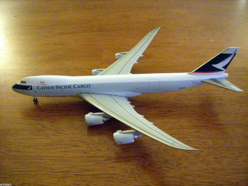 Hogan  Cathay Pacific B 747-800 1:400 Cargo titles  B-LJE Exclusive Empl ***RARE